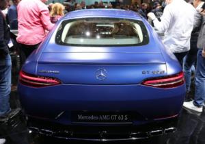 新型メルセデスベンツAMG・GT4ドアクーペリア