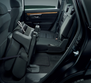 ホンダ新型CR-V後部座席