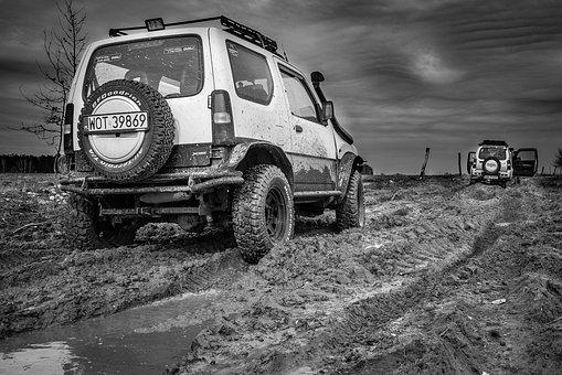 車・ぬかるみ&泥