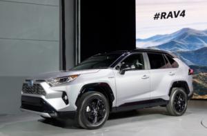新型RAV4(5代目)