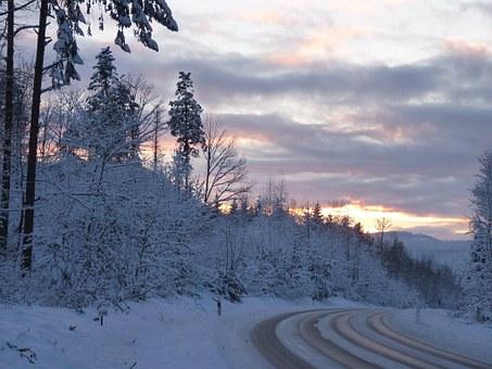 雪道の運転方法&注意点