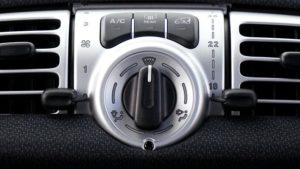 車の燃費エアコン