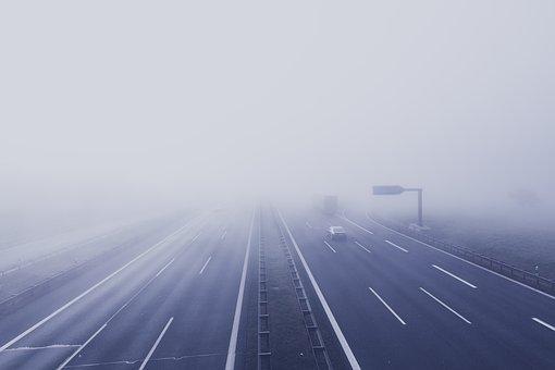 濃霧の安全な運転