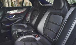 新型メルセデスベンツAMG・GT4ドアクーペ後部座席
