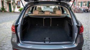 ベンツ新型GLC300d・ラゲッジスペース(荷室)