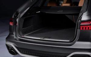 アウディ新型RS6アバント(2020)ラゲッジスペース(荷室)
